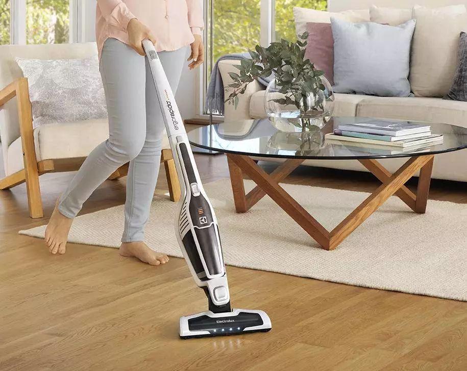 一台吸尘器能顶三台用,解决家里所有的灰尘和螨虫